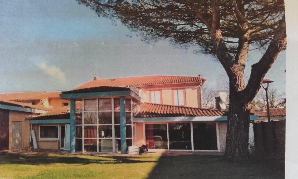 Achat Maison 12 pièces à Lagardelle-sur-Lèze - vignette-1