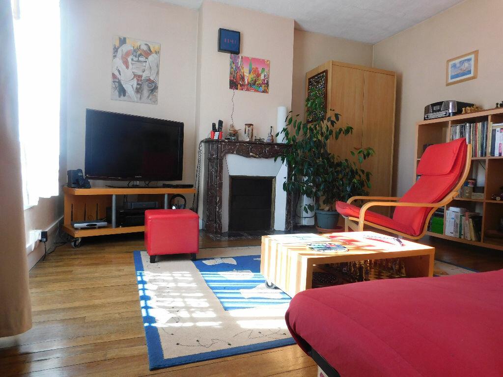 Achat Appartement 4 pièces à Charenton-le-Pont - vignette-1