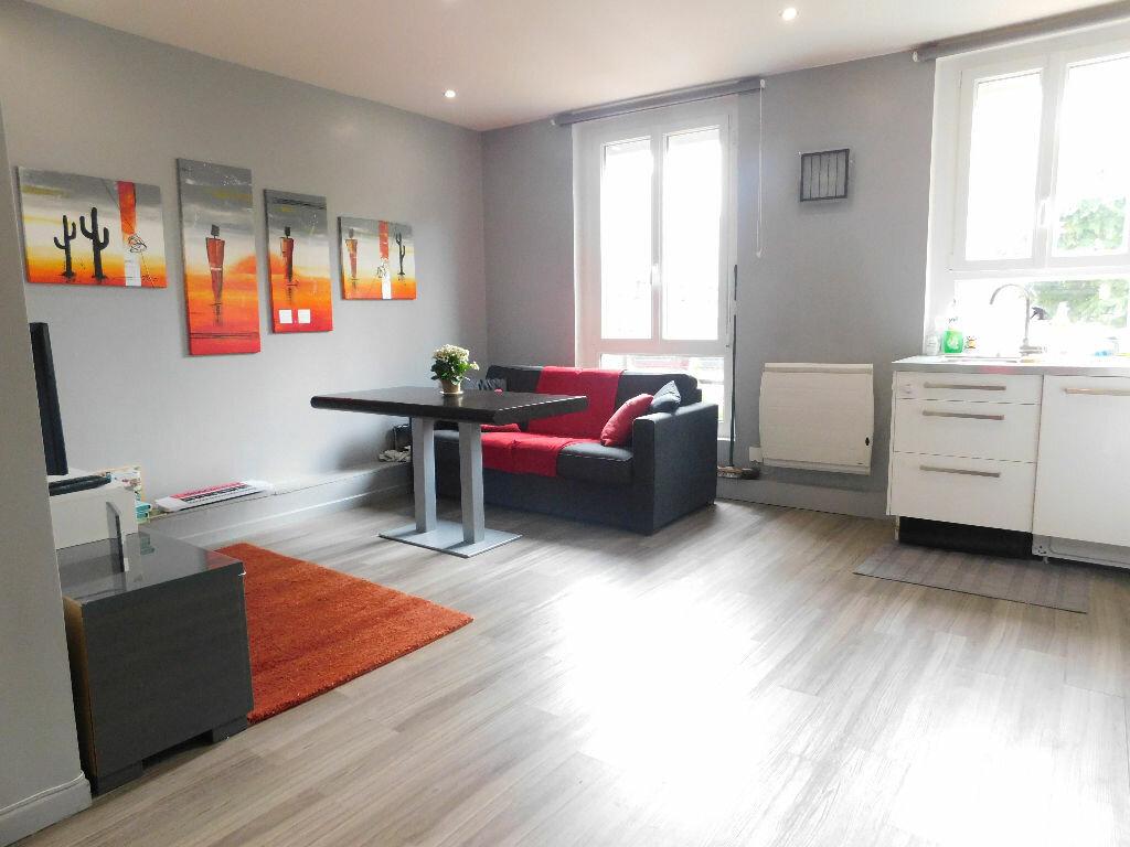 Achat Appartement 3 pièces à Charenton-le-Pont - vignette-1
