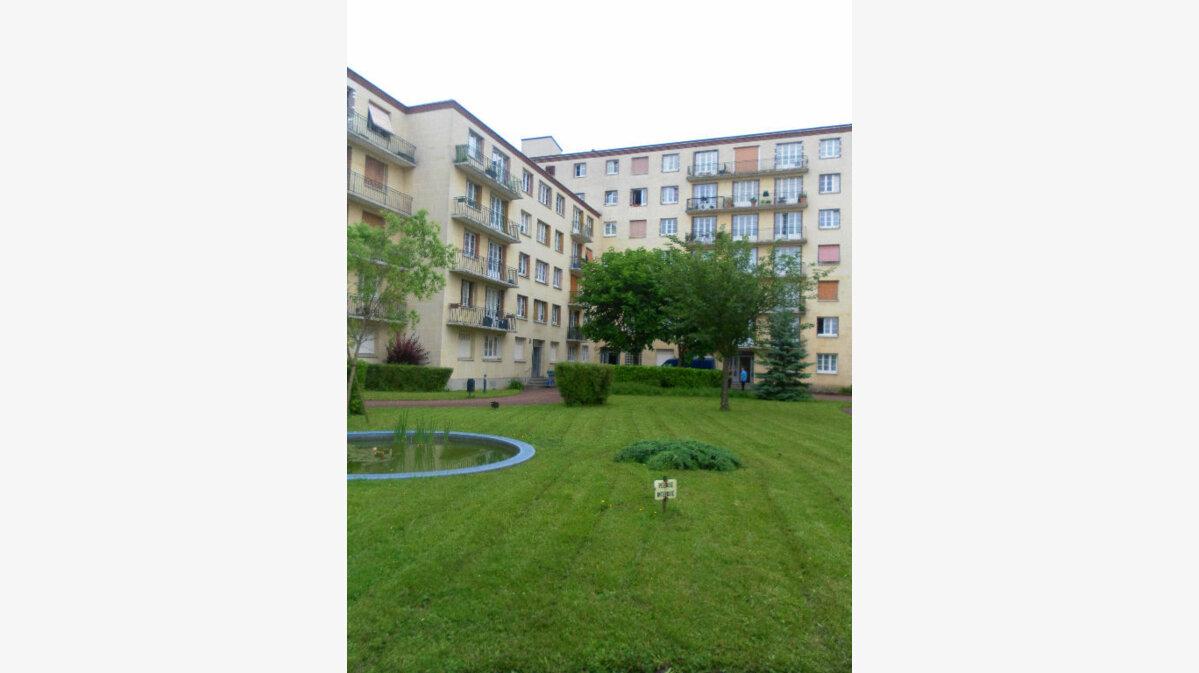 Location Appartement 3 pièces à Bry-sur-Marne - vignette-1
