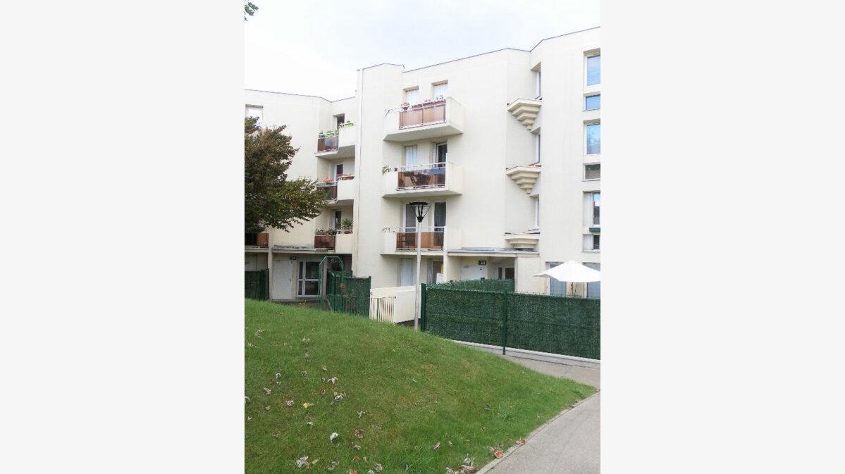 Location Appartement 2 pièces à Bry-sur-Marne - vignette-1