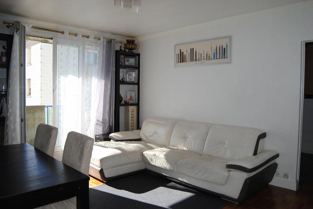 Achat Appartement 3 pièces à Aulnay-sous-Bois - vignette-1