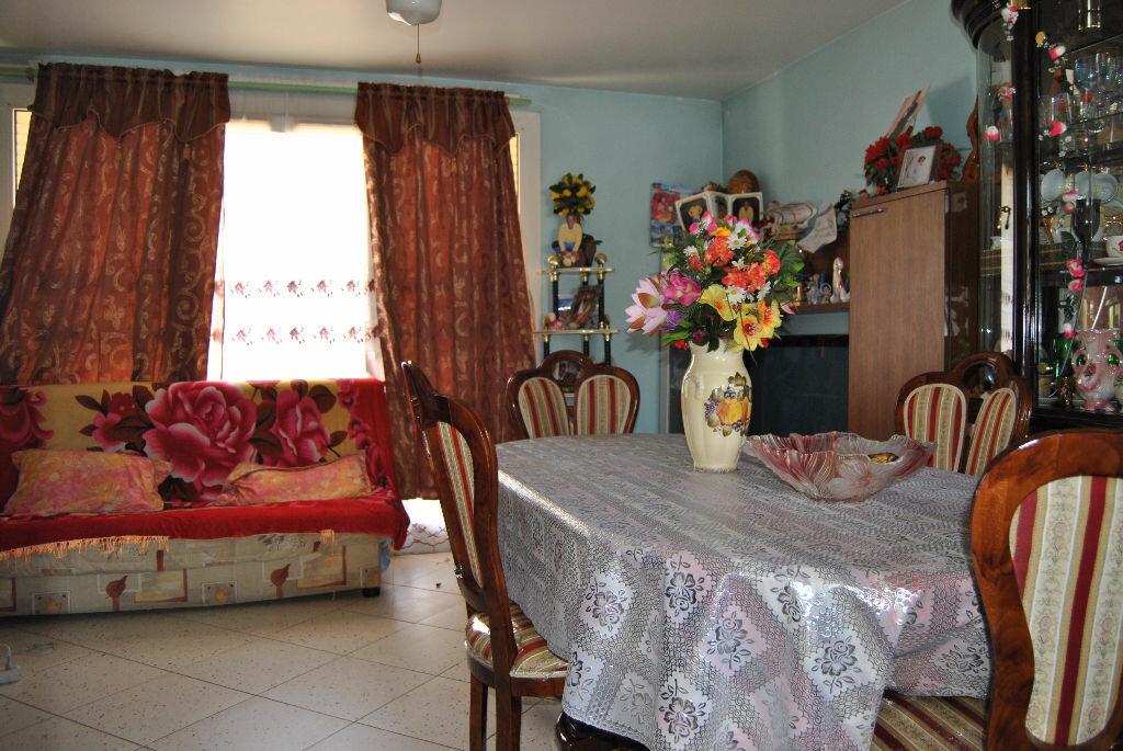 Achat Appartement 4 pièces à Villepinte - vignette-1