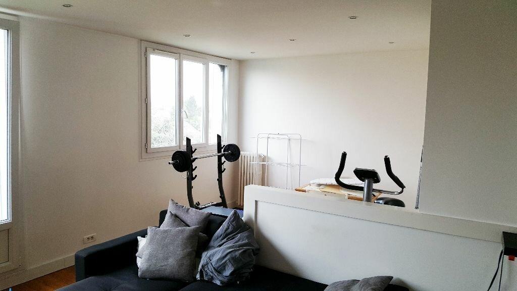 Location Appartement 3 pièces à Aulnay-sous-Bois - vignette-2