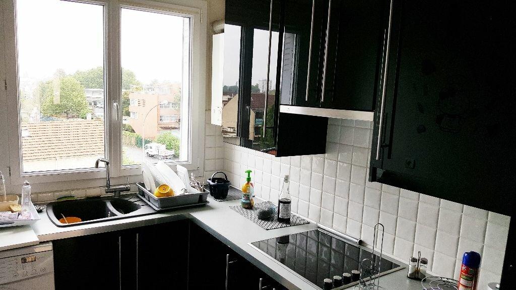 Location Appartement 3 pièces à Aulnay-sous-Bois - vignette-4