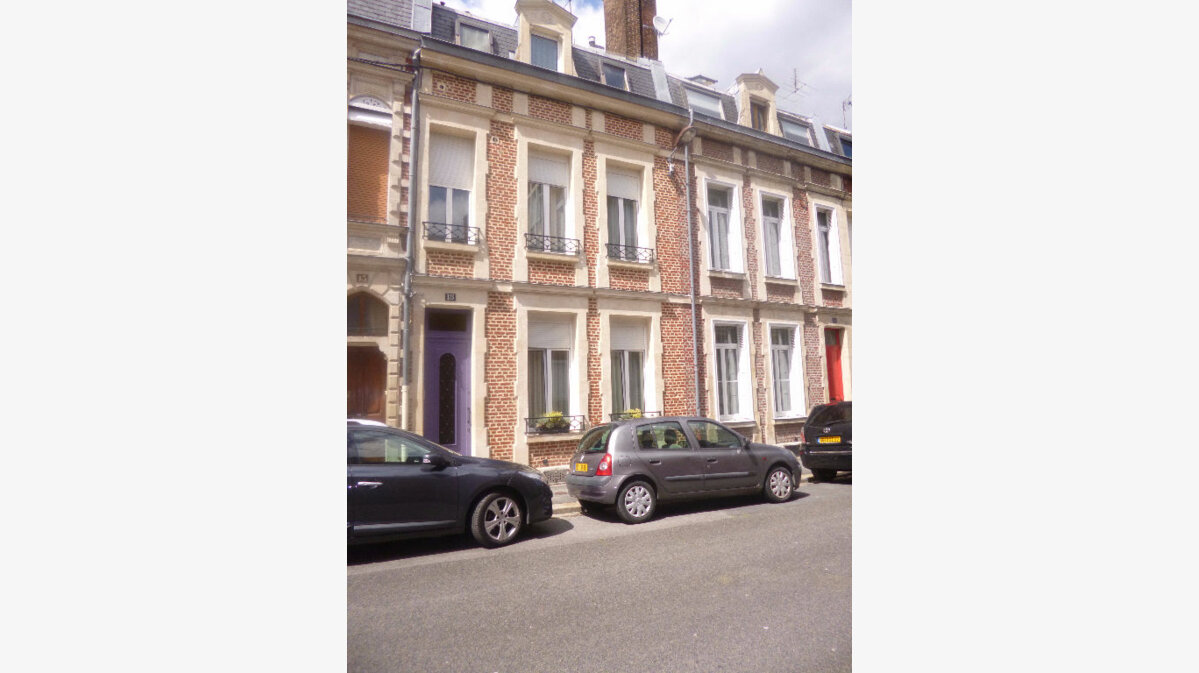 Achat Maison 10 pièces à Saint-Quentin - vignette-1