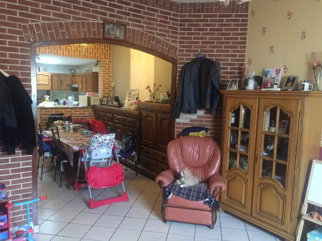 Achat Maison 4 pièces à Saint-Quentin - vignette-2