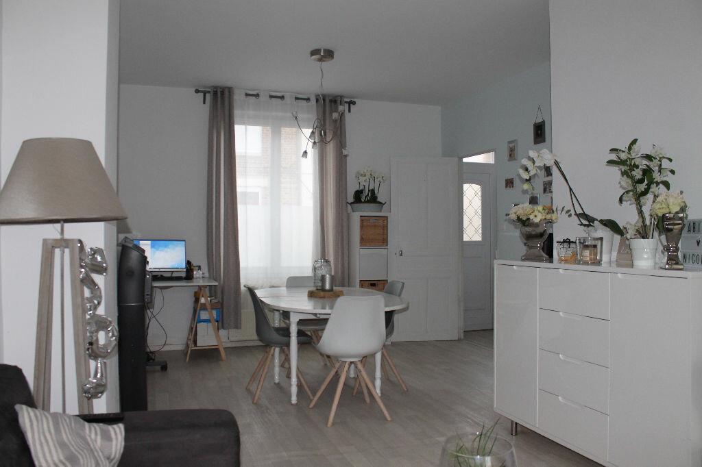 Achat Maison 4 pièces à Saint-Quentin - vignette-5