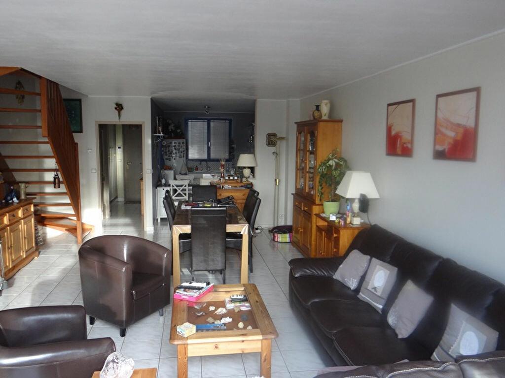 Achat Appartement 4 pièces à Pérenchies - vignette-1