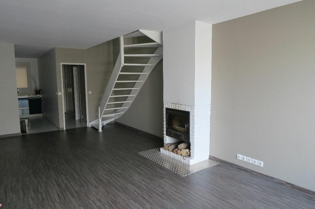 Achat Appartement 3 pièces à Pérenchies - vignette-1