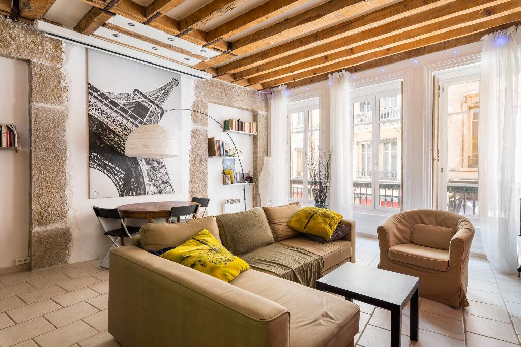 Achat Appartement 4 pièces à Lyon 1 - vignette-1