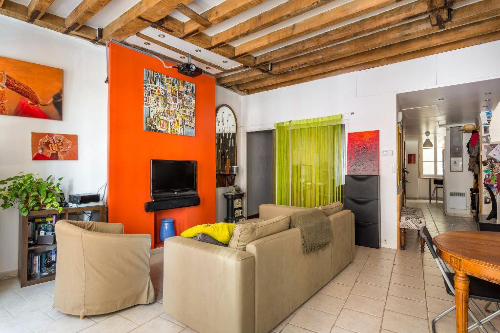 Achat Appartement 4 pièces à Lyon 1 - vignette-2