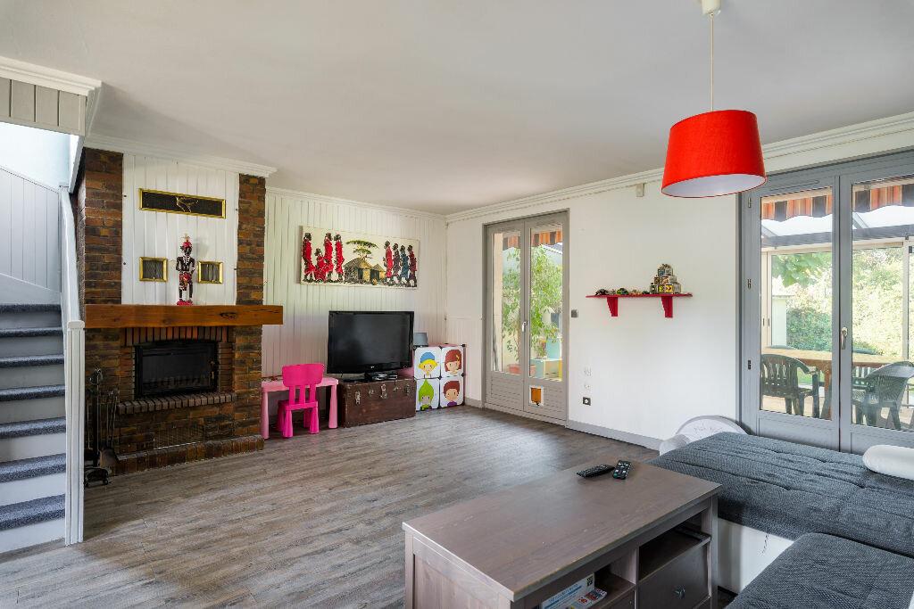Achat Maison 4 pièces à Saint-Fons - vignette-7