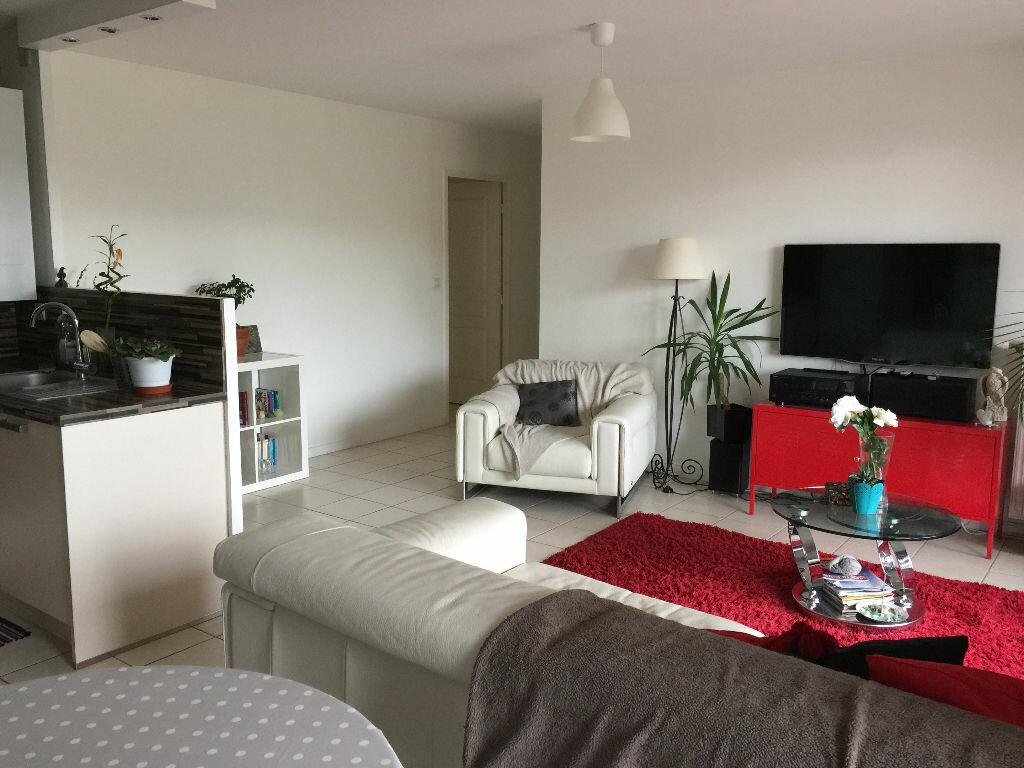 Achat Appartement 4 pièces à Vénissieux - vignette-6