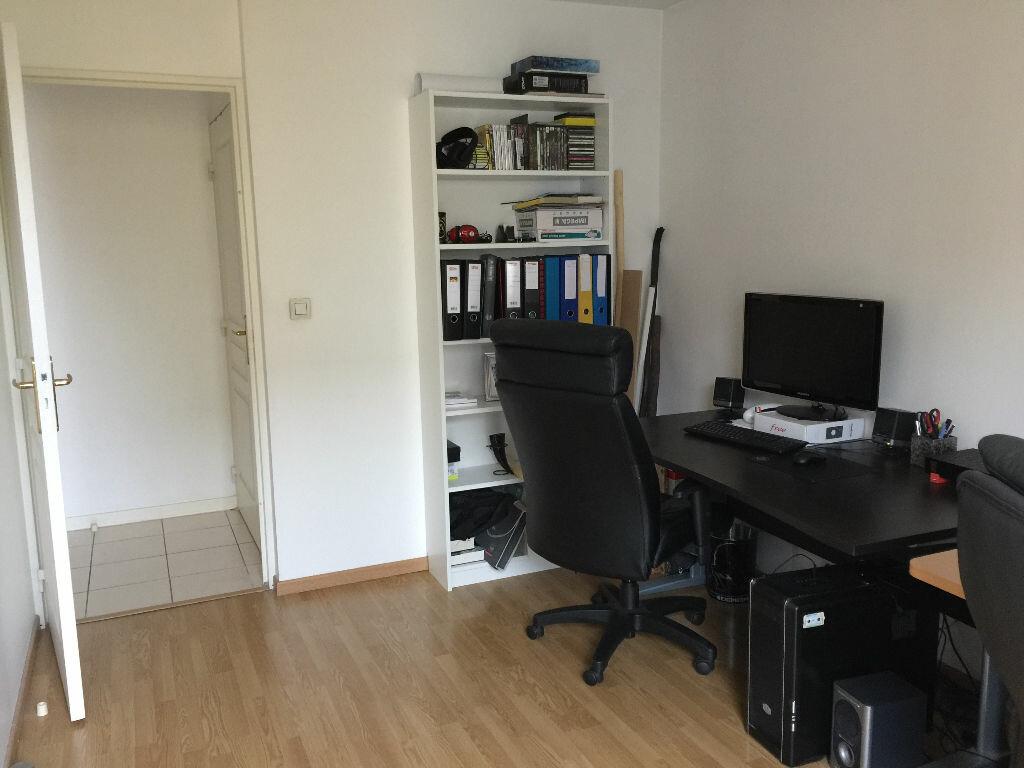 Achat Appartement 4 pièces à Vénissieux - vignette-8