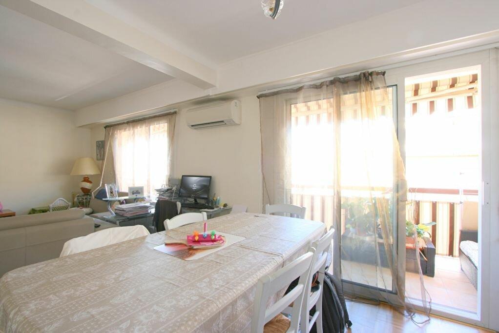 Achat Appartement 3 pièces à Roquebrune-Cap-Martin - vignette-8