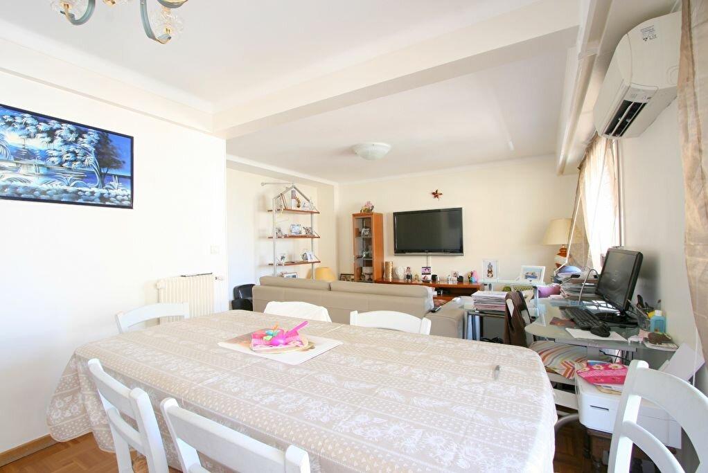 Achat Appartement 3 pièces à Roquebrune-Cap-Martin - vignette-9