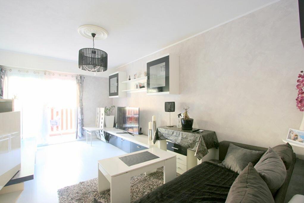 Achat Appartement 3 pièces à Menton - vignette-1