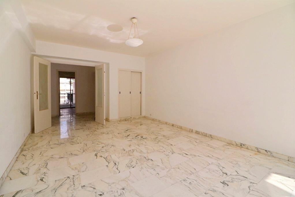 Achat Appartement 3 pièces à Menton - vignette-4