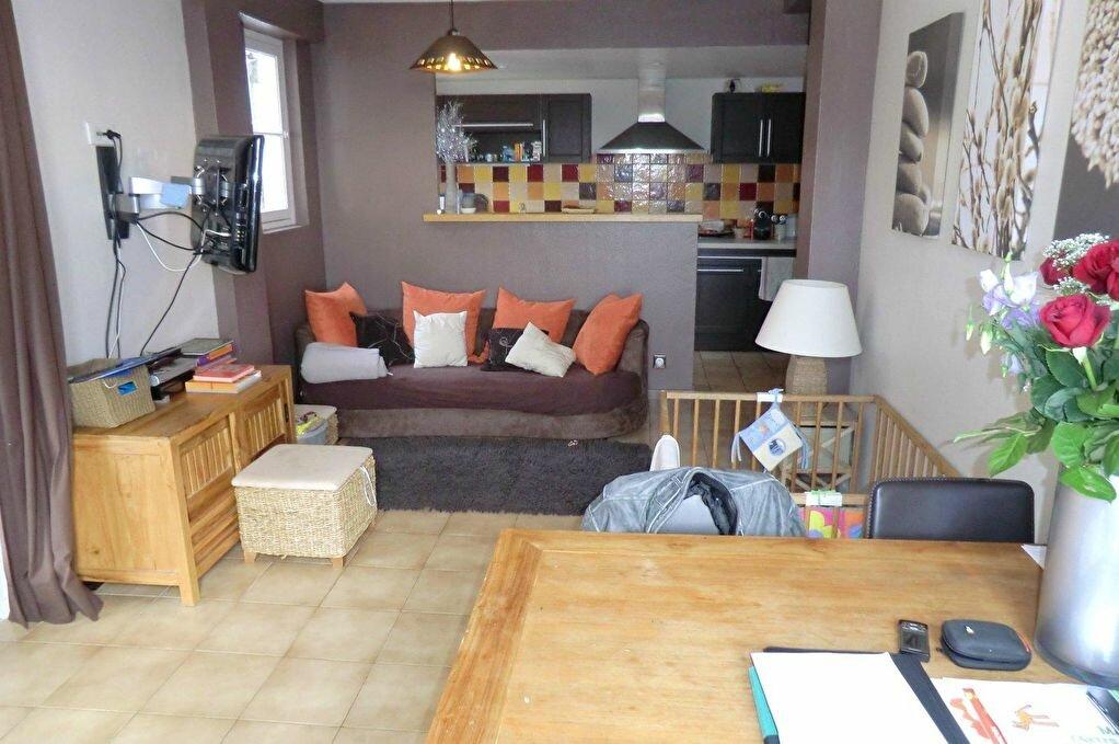 Achat Appartement 3 pièces à Menton - vignette-2