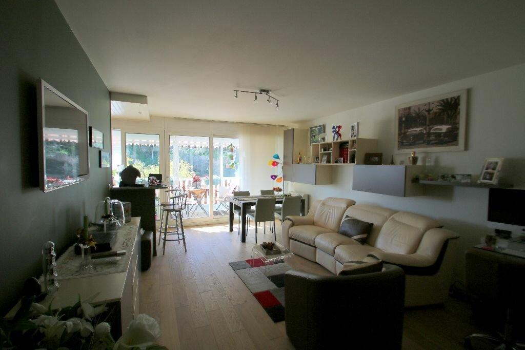 Achat Appartement 4 pièces à Beausoleil - vignette-3