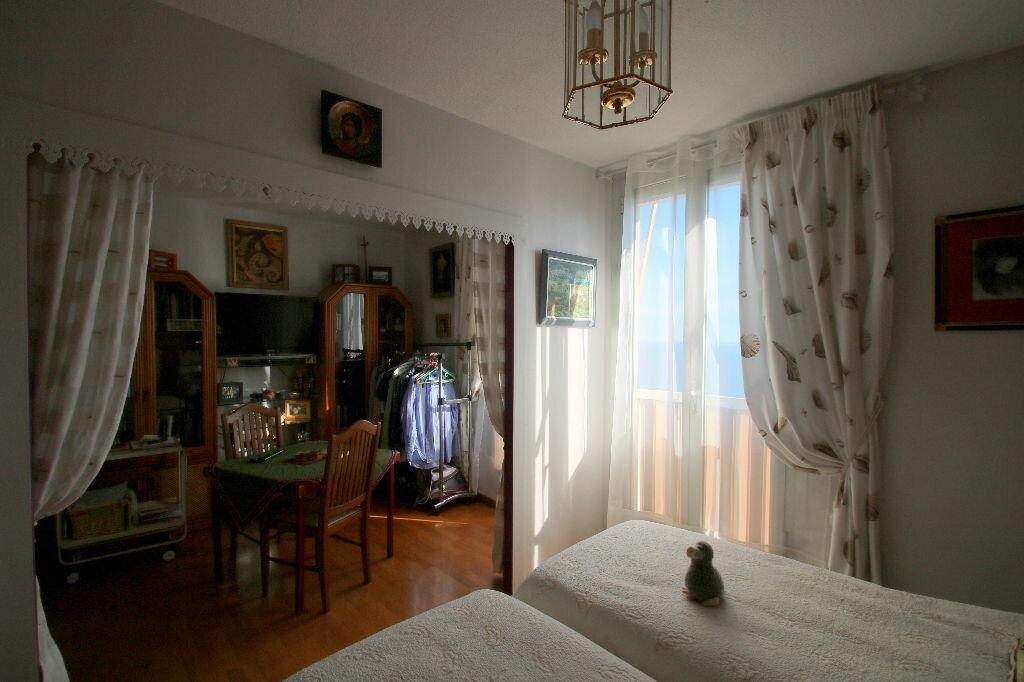 Achat Appartement 4 pièces à Beausoleil - vignette-10