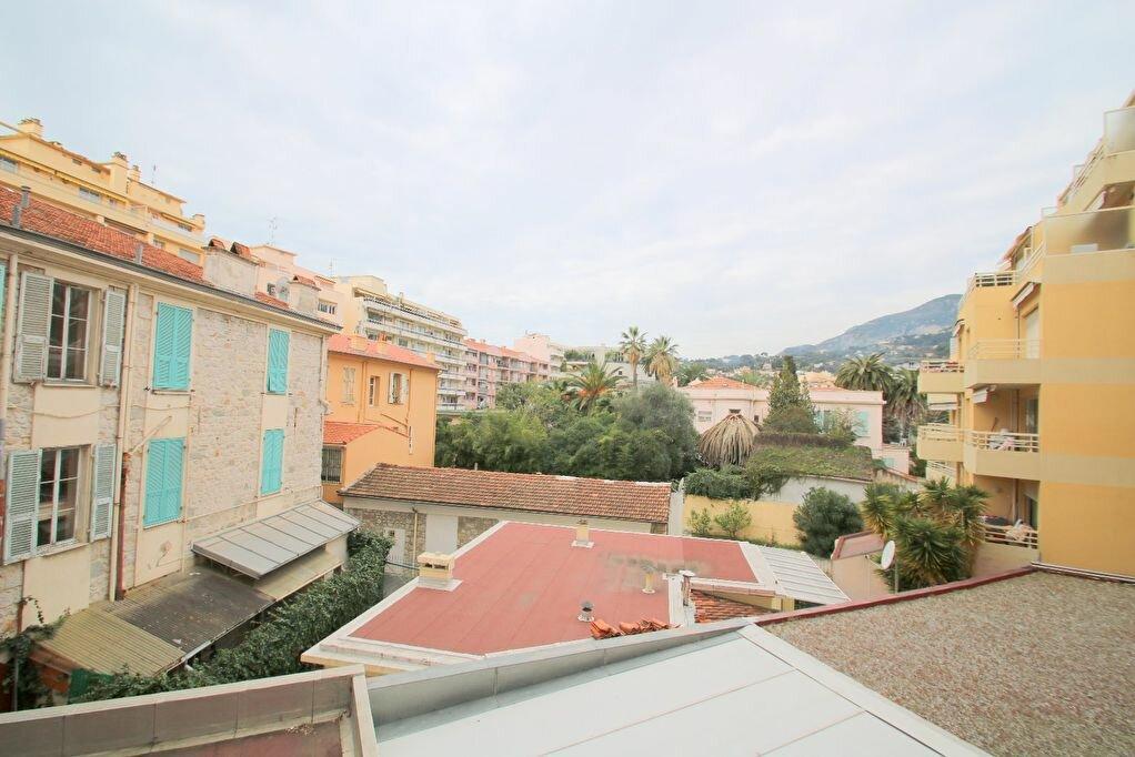 Achat Appartement 3 pièces à Roquebrune-Cap-Martin - vignette-4