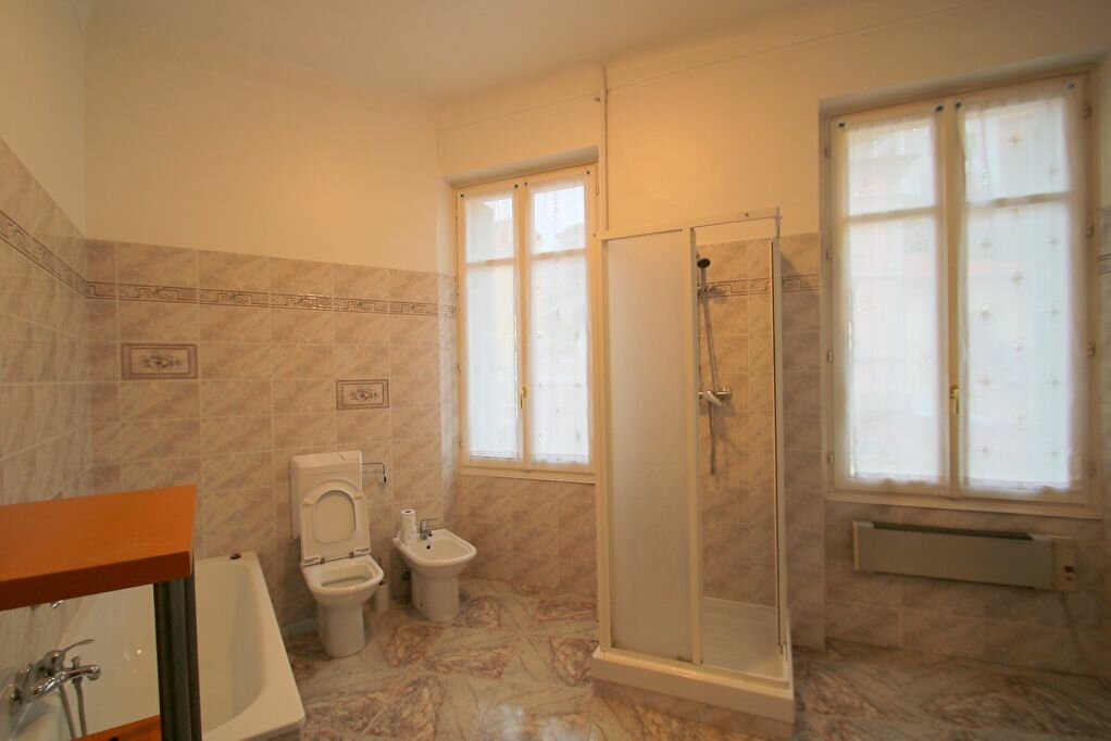 Achat Appartement 4 pièces à Menton - vignette-14