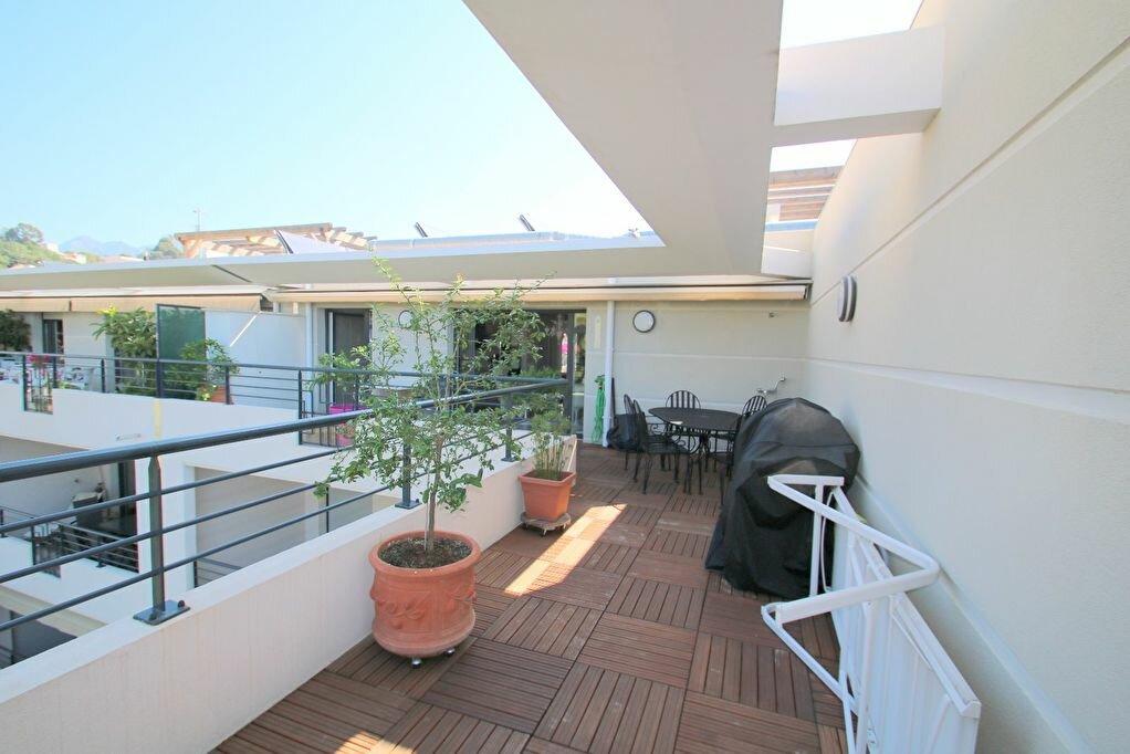 Achat Appartement 4 pièces à Menton - vignette-2