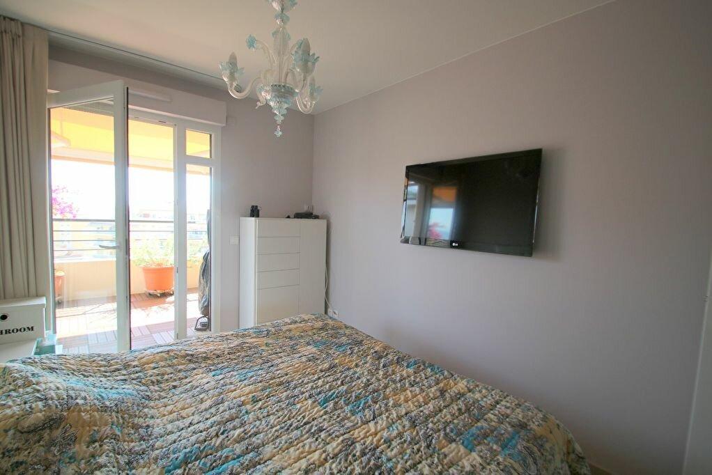 Achat Appartement 4 pièces à Menton - vignette-17