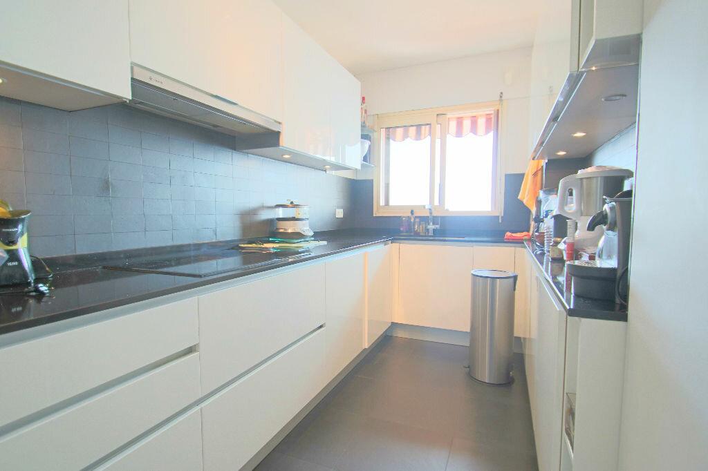 Achat Appartement 4 pièces à Roquebrune-Cap-Martin - vignette-7