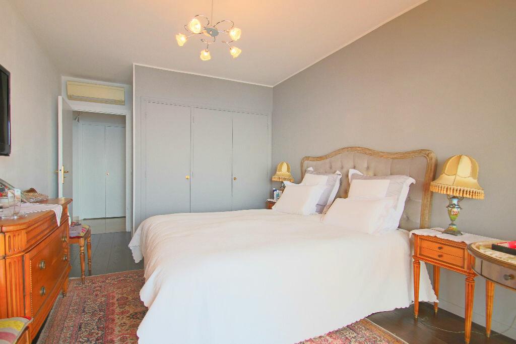 Achat Appartement 4 pièces à Roquebrune-Cap-Martin - vignette-10