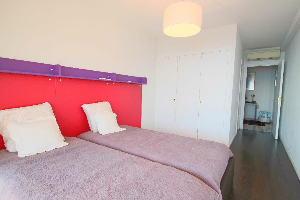 Achat Appartement 4 pièces à Roquebrune-Cap-Martin - vignette-14