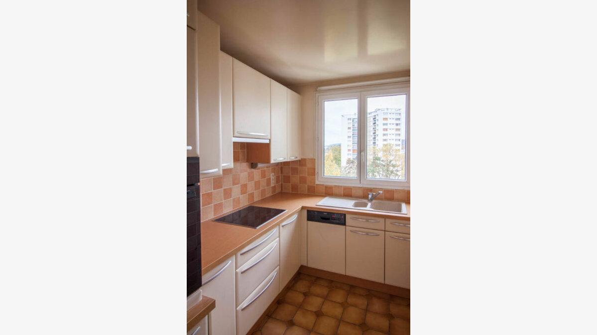 Location Appartement 4 pièces à Eaubonne - vignette-1