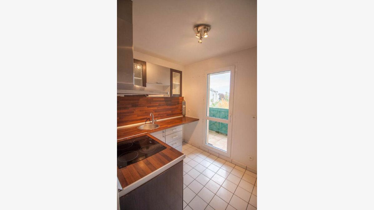 Location Appartement 2 pièces à Osny - vignette-1