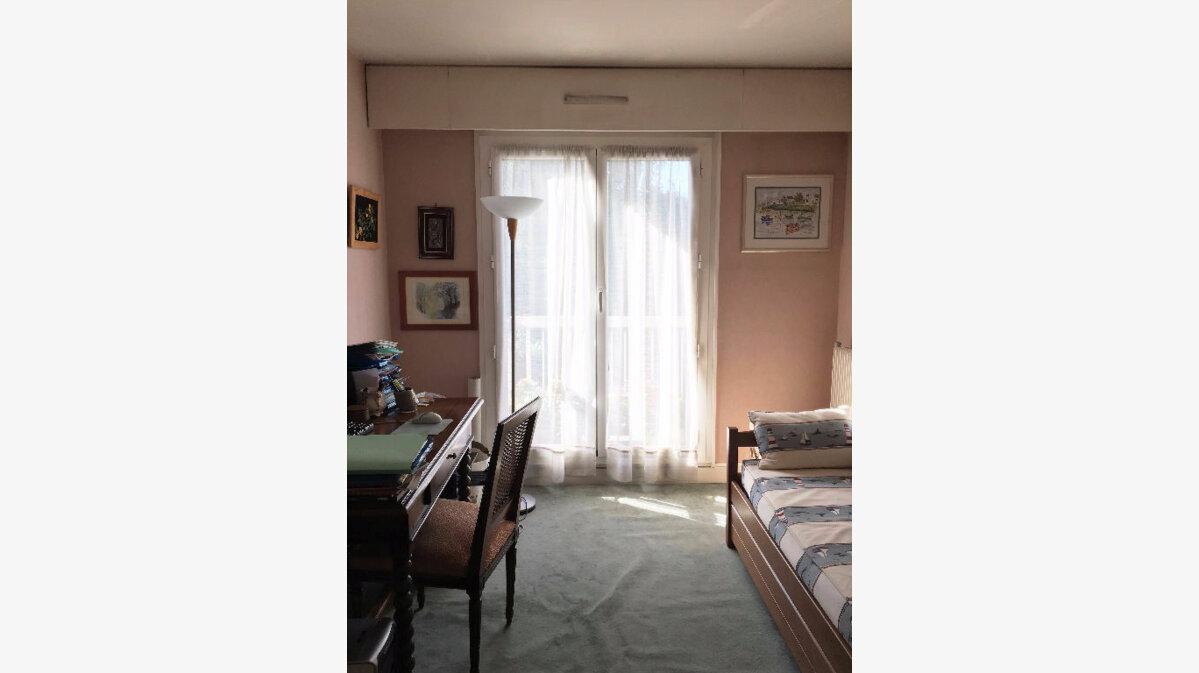 Achat Appartement 3 pièces à Montrouge - vignette-4
