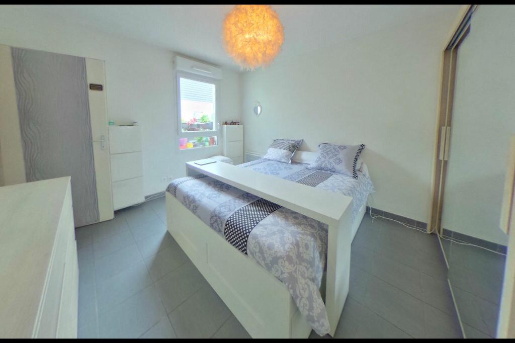 Achat Appartement 3 pièces à Vaulx-en-Velin - vignette-5