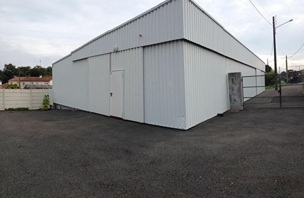 Location Entrepôt  à Dax - vignette-1