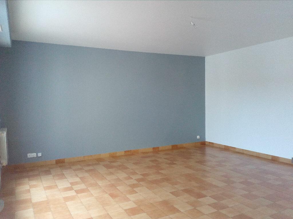 Achat Appartement 4 pièces à Saint-Martin-de-Seignanx - vignette-3