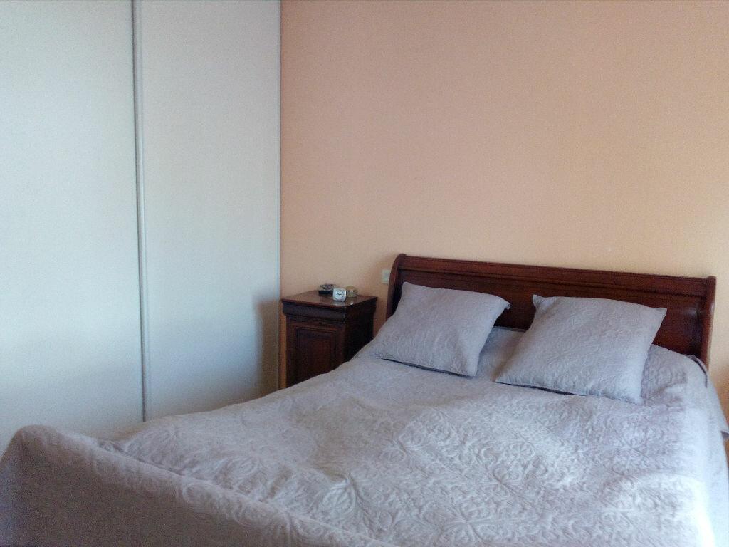 Achat Appartement 3 pièces à Saint-Martin-de-Seignanx - vignette-10
