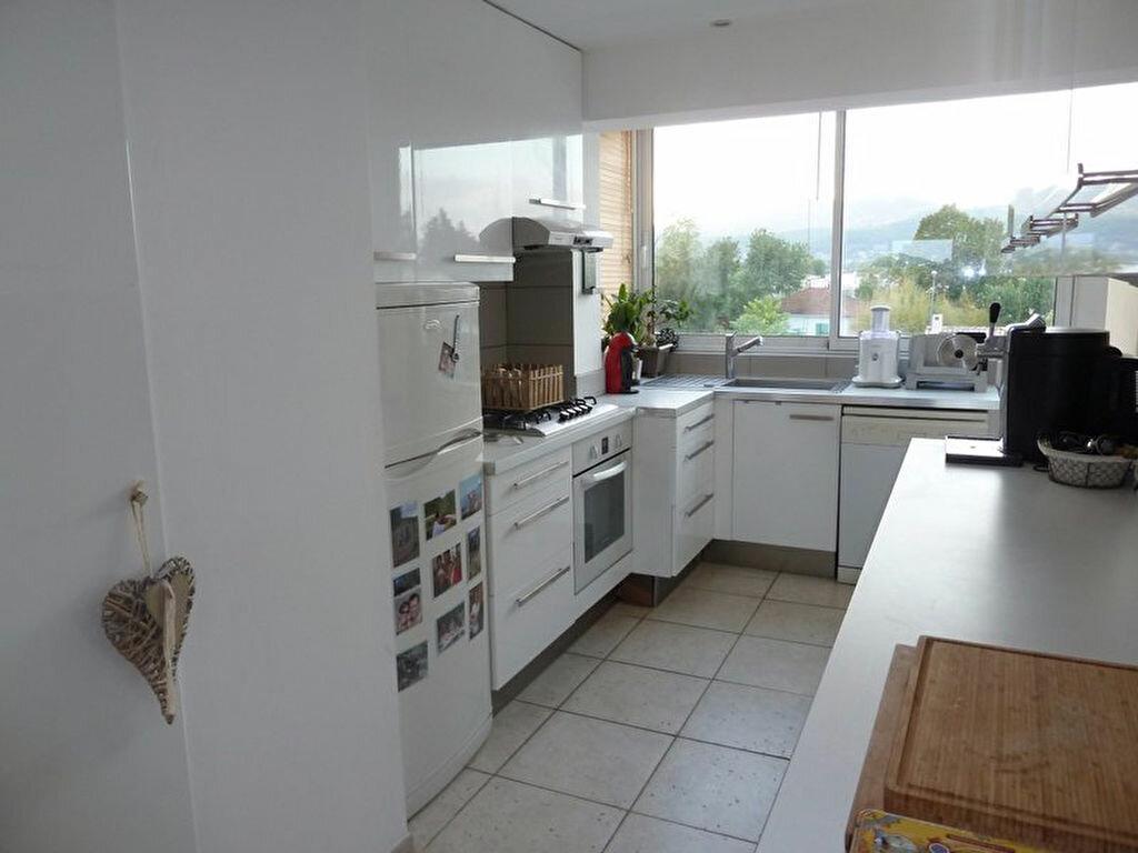 Achat Appartement 3 pièces à La Crau - vignette-2