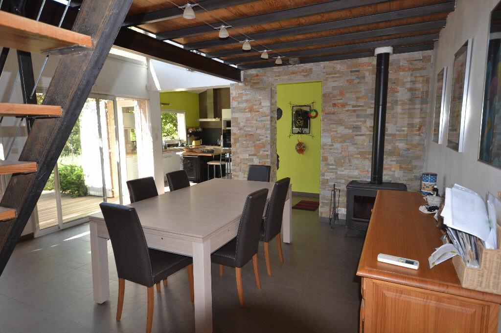 Achat Maison 8 pièces à Castillon-du-Gard - vignette-2