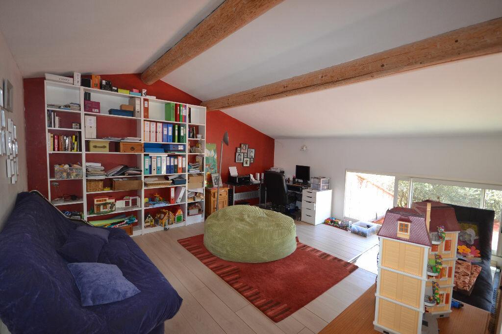 Achat Maison 8 pièces à Castillon-du-Gard - vignette-10