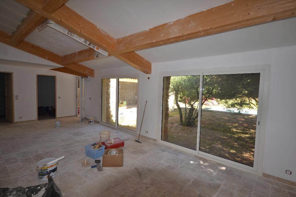 Achat Maison 8 pièces à Castillon-du-Gard - vignette-17