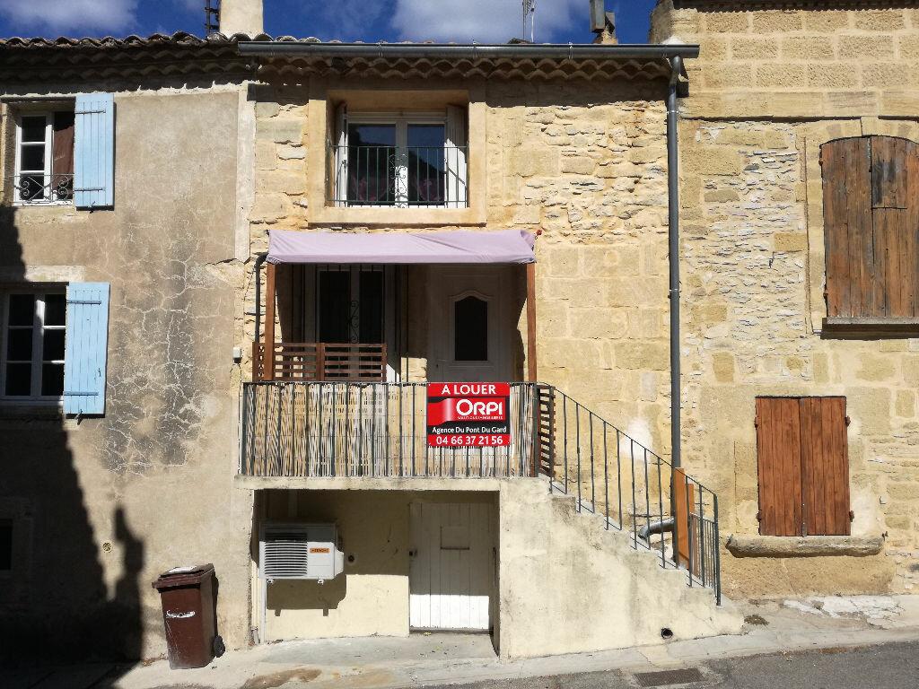 Location Maison 3 pièces à Saint-Bonnet-du-Gard - vignette-1