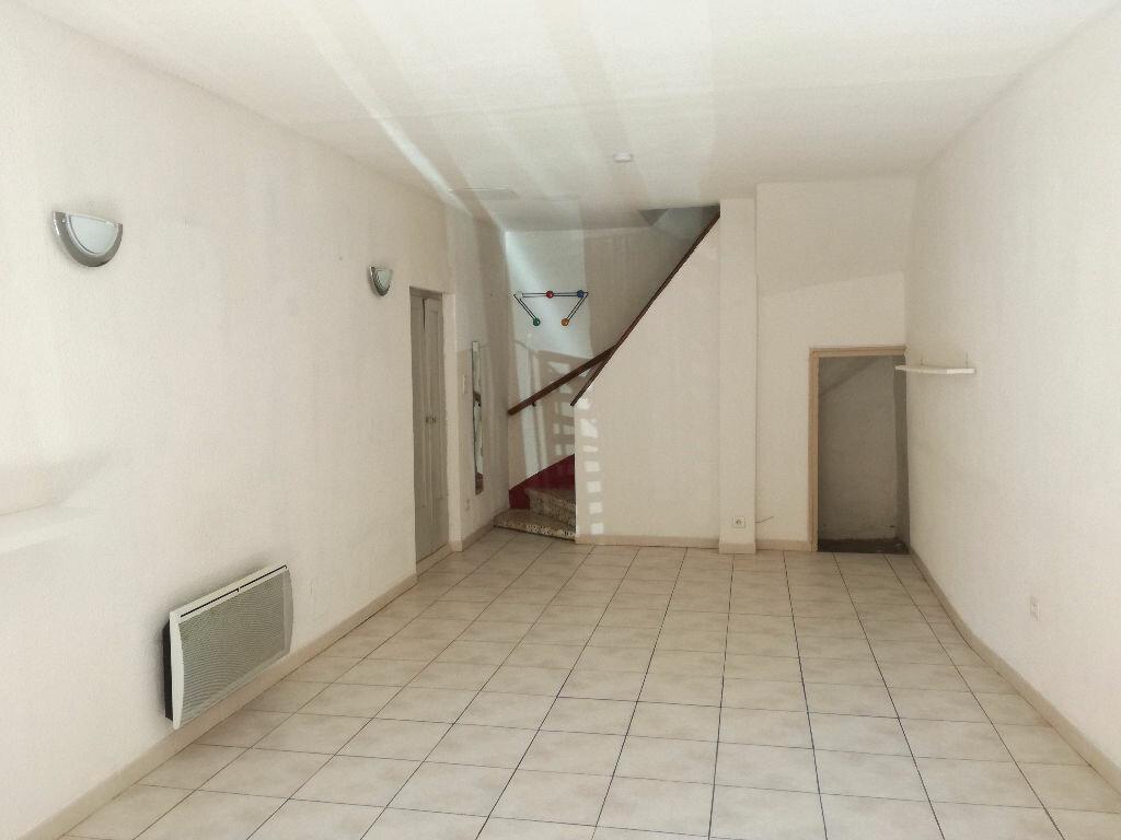 Location Maison 3 pièces à Saint-Bonnet-du-Gard - vignette-3