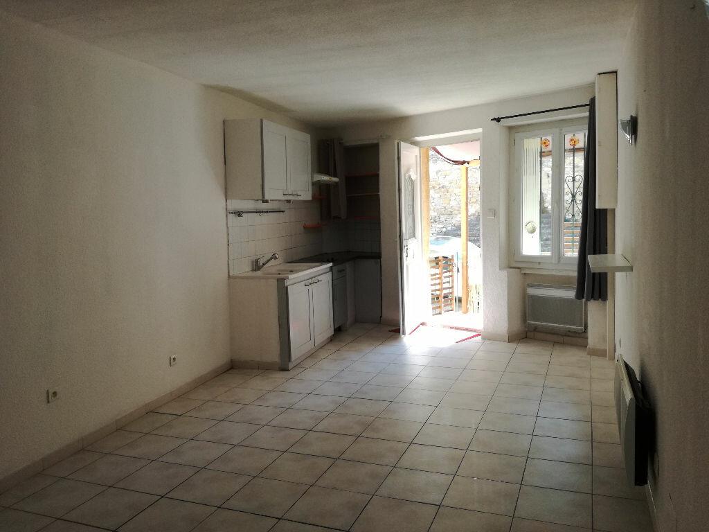 Location Maison 3 pièces à Saint-Bonnet-du-Gard - vignette-4