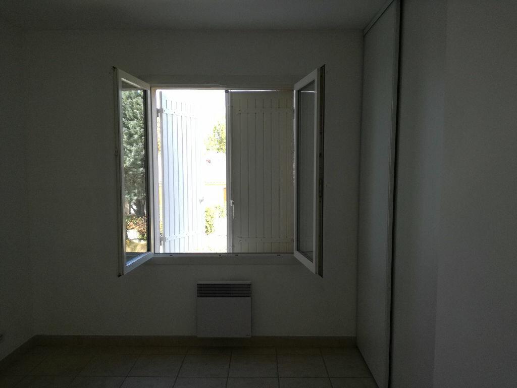 Location Maison 4 pièces à Fournès - vignette-10