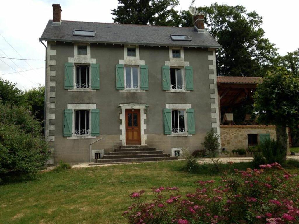 Achat Maison 6 pièces à Saint-Junien - vignette-2