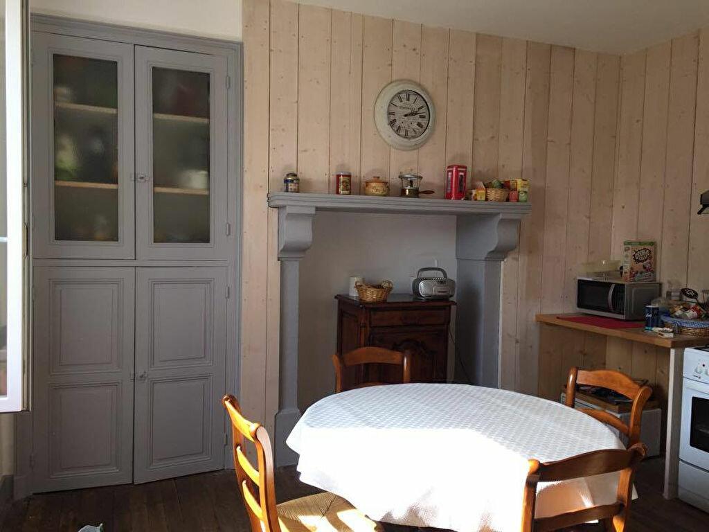 Achat Maison 6 pièces à Saint-Junien - vignette-4